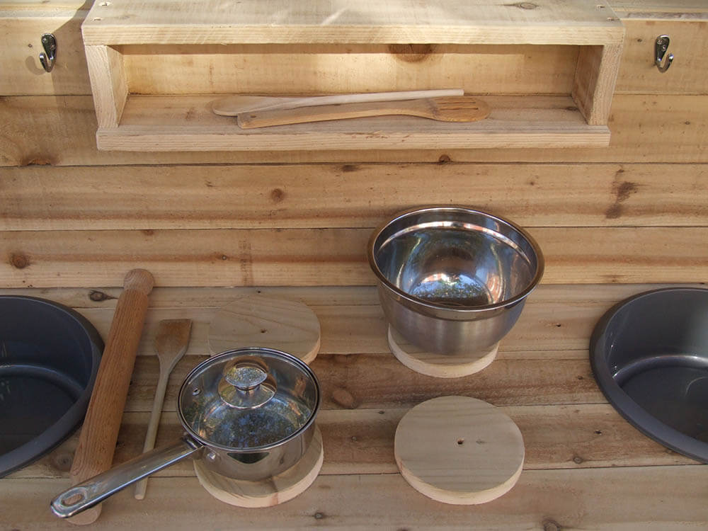 Handmade Wood Kitchen With 2 Bowls & Hob