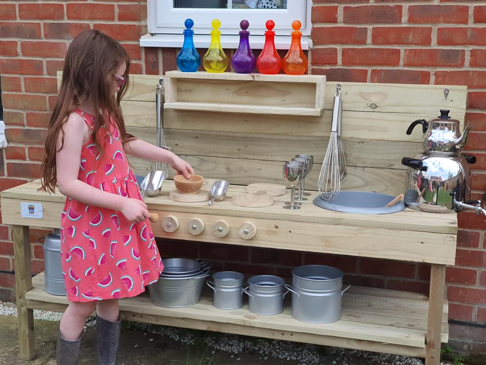 Charley Essen's Mud Kitchen